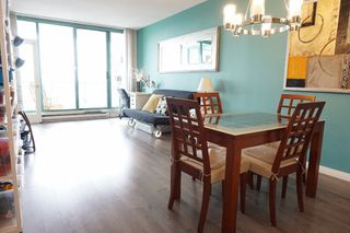 "Photo 3: 510 8871 LANSDOWNE Road in Richmond: Brighouse Condo for sale in ""Centre Pointe"" : MLS®# R2157190"