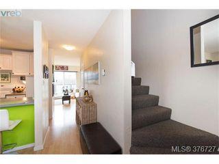 Photo 8: 209 991 Cloverdale Ave in VICTORIA: SE Quadra Condo for sale (Saanich East)  : MLS®# 756372