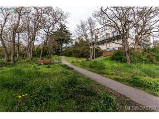 Photo 17: 209 991 Cloverdale Ave in VICTORIA: SE Quadra Condo for sale (Saanich East)  : MLS®# 756372