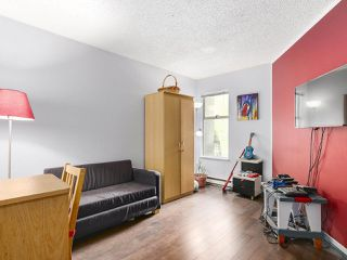 "Photo 10: 220 65 FIRST Street in New Westminster: Downtown NW Condo for sale in ""KINNARD PLACE"" : MLS®# R2159319"