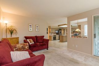 """Photo 10: 8565 215 Street in Langley: Walnut Grove House for sale in """"Forest Hills"""" : MLS®# R2162410"""