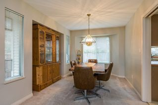 """Photo 5: 8565 215 Street in Langley: Walnut Grove House for sale in """"Forest Hills"""" : MLS®# R2162410"""