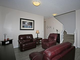 Photo 13: 451 HILLCREST Circle SW: Airdrie House for sale