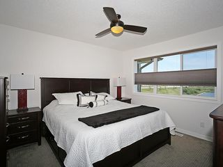 Photo 24: 451 HILLCREST Circle SW: Airdrie House for sale