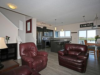 Photo 14: 451 HILLCREST Circle SW: Airdrie House for sale