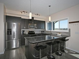 Photo 2: 451 HILLCREST Circle SW: Airdrie House for sale