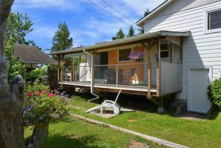 Photo 15: 594 SHAW Road in Gibsons: Gibsons & Area House for sale (Sunshine Coast)  : MLS®# R2182596