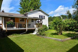 Photo 19: 594 SHAW Road in Gibsons: Gibsons & Area House for sale (Sunshine Coast)  : MLS®# R2182596