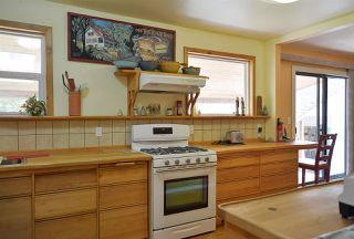 Photo 6: 594 SHAW Road in Gibsons: Gibsons & Area House for sale (Sunshine Coast)  : MLS®# R2182596
