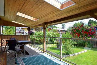 Photo 16: 594 SHAW Road in Gibsons: Gibsons & Area House for sale (Sunshine Coast)  : MLS®# R2182596