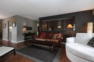 Photo 2: 3172 MT SEYMOUR Parkway in North Vancouver: Northlands House for sale : MLS®# R2203834