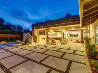 Photo 3: LA JOLLA House for sale : 4 bedrooms : 2345 Via Siena