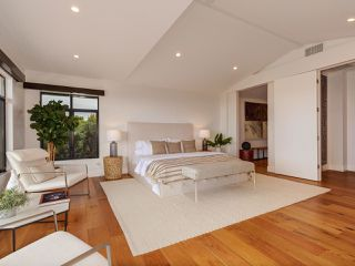 Photo 12: LA JOLLA House for sale : 4 bedrooms : 2345 Via Siena