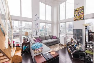 """Photo 2: 1001 933 SEYMOUR Street in Vancouver: Downtown VW Condo for sale in """"The Spot"""" (Vancouver West)  : MLS®# R2212906"""