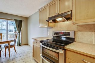 Photo 13: 38 SOMERSIDE Crescent SW in Calgary: Somerset House for sale : MLS®# C4142576