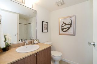 """Photo 6: 1810 610 GRANVILLE Street in Vancouver: Downtown VW Condo for sale in """"The Hudson"""" (Vancouver West)  : MLS®# R2227120"""