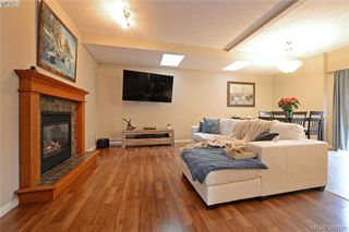 Photo 3: 134 Thetis Vale Crescent in VICTORIA: VR Six Mile Single Family Detached for sale (View Royal)  : MLS®# 386180