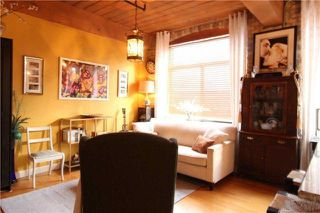Photo 3: 24 Noble St Unit #111 in Toronto: Roncesvalles Condo for sale (Toronto W01)  : MLS®# W4039153
