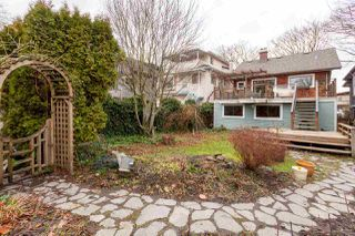"Photo 18: 1956 E 13TH Avenue in Vancouver: Grandview VE House for sale in ""TROUT LAKE - COMMERCIAL DRIVE"" (Vancouver East)  : MLS®# R2239330"