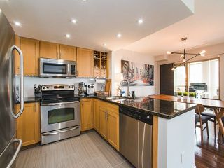 "Photo 5: 2106 867 HAMILTON Street in Vancouver: Downtown VW Condo for sale in ""Jardine's Lookout"" (Vancouver West)  : MLS®# R2246712"