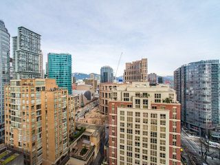 "Photo 16: 2106 867 HAMILTON Street in Vancouver: Downtown VW Condo for sale in ""Jardine's Lookout"" (Vancouver West)  : MLS®# R2246712"