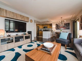 "Photo 2: 2106 867 HAMILTON Street in Vancouver: Downtown VW Condo for sale in ""Jardine's Lookout"" (Vancouver West)  : MLS®# R2246712"