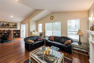 Photo 3: 1830 SALISBURY Avenue in Port Coquitlam: Glenwood PQ House for sale : MLS®# R2251145