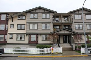"Photo 1: 301 45535 SPADINA Avenue in Chilliwack: Chilliwack W Young-Well Condo for sale in ""SPADINA PLACE"" : MLS®# R2255717"