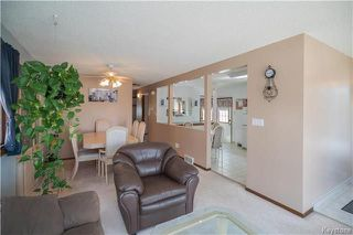 Photo 3: 127 Zawaly Bay in Winnipeg: Canterbury Park Residential for sale (3M)  : MLS®# 1809599