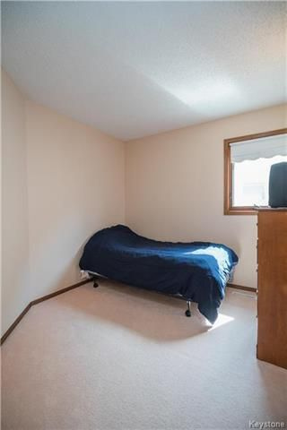 Photo 9: 127 Zawaly Bay in Winnipeg: Canterbury Park Residential for sale (3M)  : MLS®# 1809599