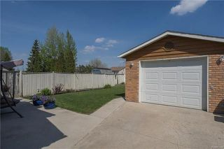 Photo 18: 127 Zawaly Bay in Winnipeg: Canterbury Park Residential for sale (3M)  : MLS®# 1809599
