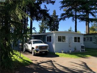 Photo 1: 37 848 Hockley Ave in VICTORIA: La Langford Proper Manufactured Home for sale (Langford)  : MLS®# 786927