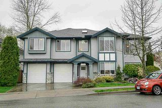 Photo 1: 11797 CREEKSIDE Street in Maple Ridge: Cottonwood MR House for sale : MLS®# R2269272