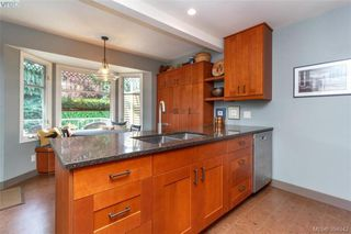 Photo 9: 1925 Brighton Ave in VICTORIA: Vi Fairfield East House for sale (Victoria)  : MLS®# 791600
