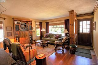Photo 3: 1925 Brighton Ave in VICTORIA: Vi Fairfield East House for sale (Victoria)  : MLS®# 791600