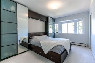 """Photo 10: 4566 ROSS Street in Vancouver: Knight House for sale in """"Knight"""" (Vancouver East)  : MLS®# R2289668"""