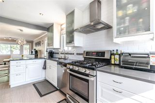 """Photo 6: 4566 ROSS Street in Vancouver: Knight House for sale in """"Knight"""" (Vancouver East)  : MLS®# R2289668"""