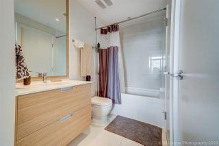 """Photo 14: 1602 4688 KINGSWAY Street in Burnaby: Metrotown Condo for sale in """"STATION SQUARE 1"""" (Burnaby South)  : MLS®# R2296160"""