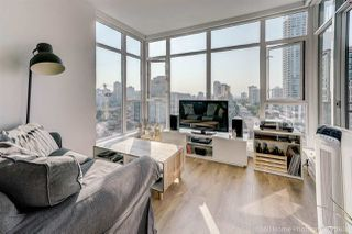 """Photo 3: 1602 4688 KINGSWAY Street in Burnaby: Metrotown Condo for sale in """"STATION SQUARE 1"""" (Burnaby South)  : MLS®# R2296160"""