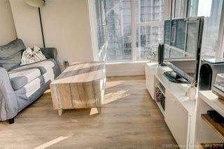 """Photo 4: 1602 4688 KINGSWAY Street in Burnaby: Metrotown Condo for sale in """"STATION SQUARE 1"""" (Burnaby South)  : MLS®# R2296160"""