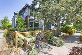 Photo 1: 419 E 36TH Avenue in Vancouver: Fraser VE House for sale (Vancouver East)  : MLS®# R2298878