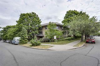"""Main Photo: 110 2150 BRUNSWICK Street in Vancouver: Mount Pleasant VE Condo for sale in """"MT. PLEASANT PLACE"""" (Vancouver East)  : MLS®# R2309637"""
