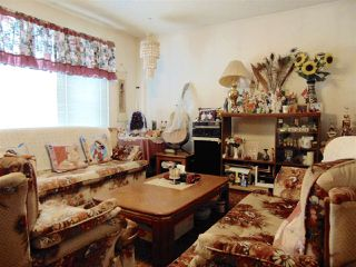 Photo 2: 16016 121 Street in Edmonton: Zone 27 House for sale : MLS®# E4138833