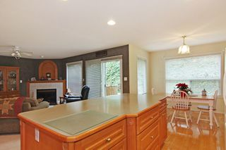 "Photo 3: 2571 WHATCOM Place in Abbotsford: Abbotsford East House for sale in ""Regal Park"" : MLS®# R2332981"