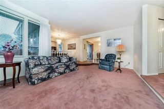 "Photo 5: 1858 WALNUT Crescent in Coquitlam: Central Coquitlam House for sale in ""LAURENTIAN HEIGHTS"" : MLS®# R2334378"
