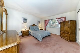 "Photo 14: 1858 WALNUT Crescent in Coquitlam: Central Coquitlam House for sale in ""LAURENTIAN HEIGHTS"" : MLS®# R2334378"