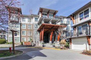 "Photo 2: 222 6688 120 Street in Surrey: West Newton Condo for sale in ""ZEN SALUS"" : MLS®# R2355066"