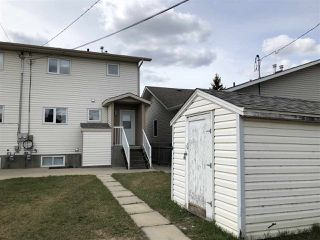 Photo 2: B 4015 53 Street: Wetaskiwin House Half Duplex for sale : MLS®# E4150614