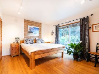 Photo 13: 325 BAYVIEW Place in West Vancouver: Lions Bay House for sale : MLS®# R2357197