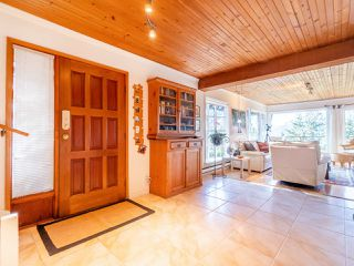 Photo 4: 325 BAYVIEW Place in West Vancouver: Lions Bay House for sale : MLS®# R2357197